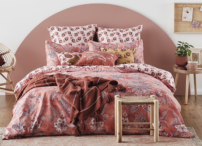 NEW Ombre Home Wildflower Duvet Cover Set