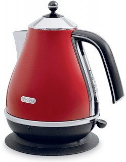 Delonghi-Icona-Red-Kettle on sale