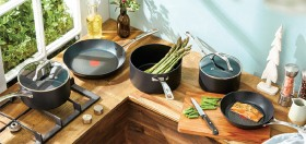 Tefal-Gourmet-5-Piece-Cookware-Set on sale