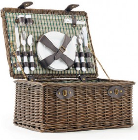 Tablefair-Willow-Picnic-Basket on sale