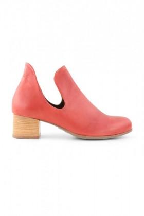 Bueno-Gideon-Side-Cut-Boot on sale