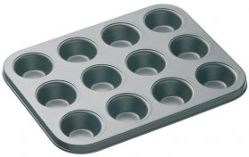 40-off-Mastercraft-12-Cup-Muffin-Pan on sale