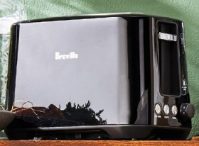Breville-Black-LiftLook-2-Slice-Toaster on sale