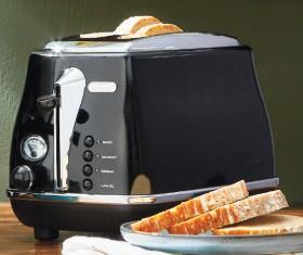 Delonghi-Black-2-Slice-Toaster on sale